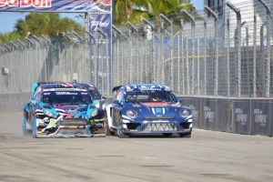 Fort Lauderdale GRC winner Ken Block (left) and runner-up Scott Speed (right) battle for the lead into the first corner.
